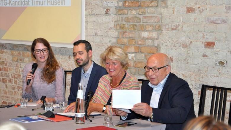 Gespräch mit Monika Grütters und Timur Husein