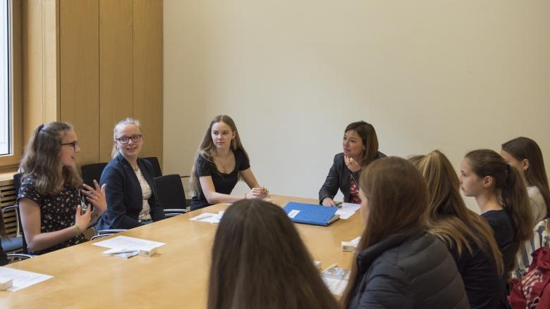 Gespräch mit Yvonne Magwas MdB. Foto: CDU/CSU-Fraktion im Deutschen Bundestag, Michael Wittig