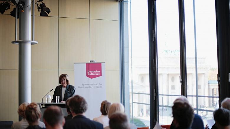 Prof. Jeanine Meerapfel (Präsidentin der Akademie der Künste). Foto: Janne Litzenberger