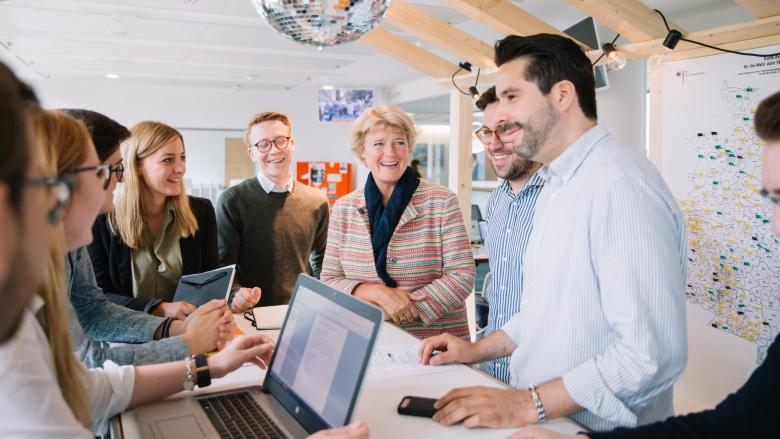 Monika Grütters beim connect17-Team in der CDU-Bundesgeschäftsstelle. Foto: Tobias Koch