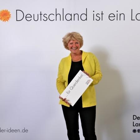 """Monika Grütters beim Sommerfest der Initiative """"Land der Ideen"""""""