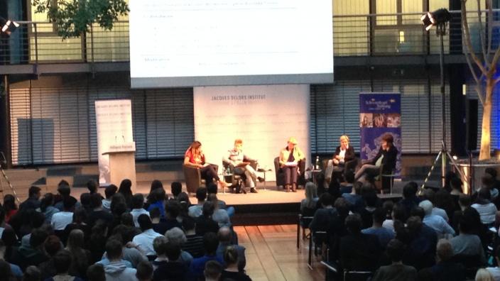Podiumsdiskussion mit Jung- und Erstwählern. Foto: privat