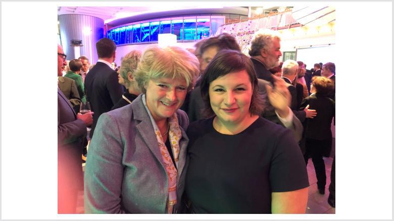 Monika Grütters und Antje Kapek (Fraktionsvorsitzende der Grünen im Berliner Abgeordnetenhaus). Foto: Meiko Keller