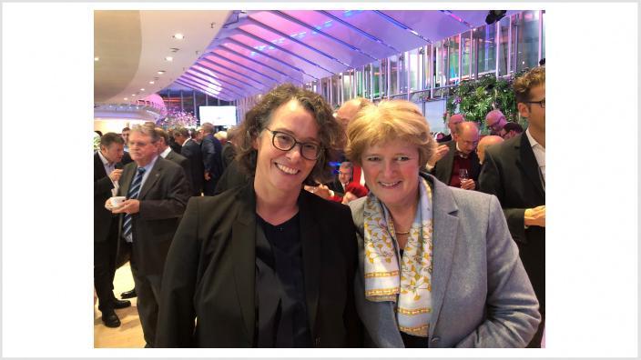 Monika Grütters und Beatrice Kramm (Präsidentin der IHK Berlin). Foto: Meiko Keller